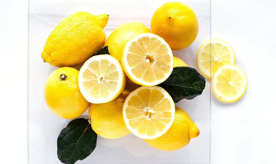 Limoni con buccia edibile